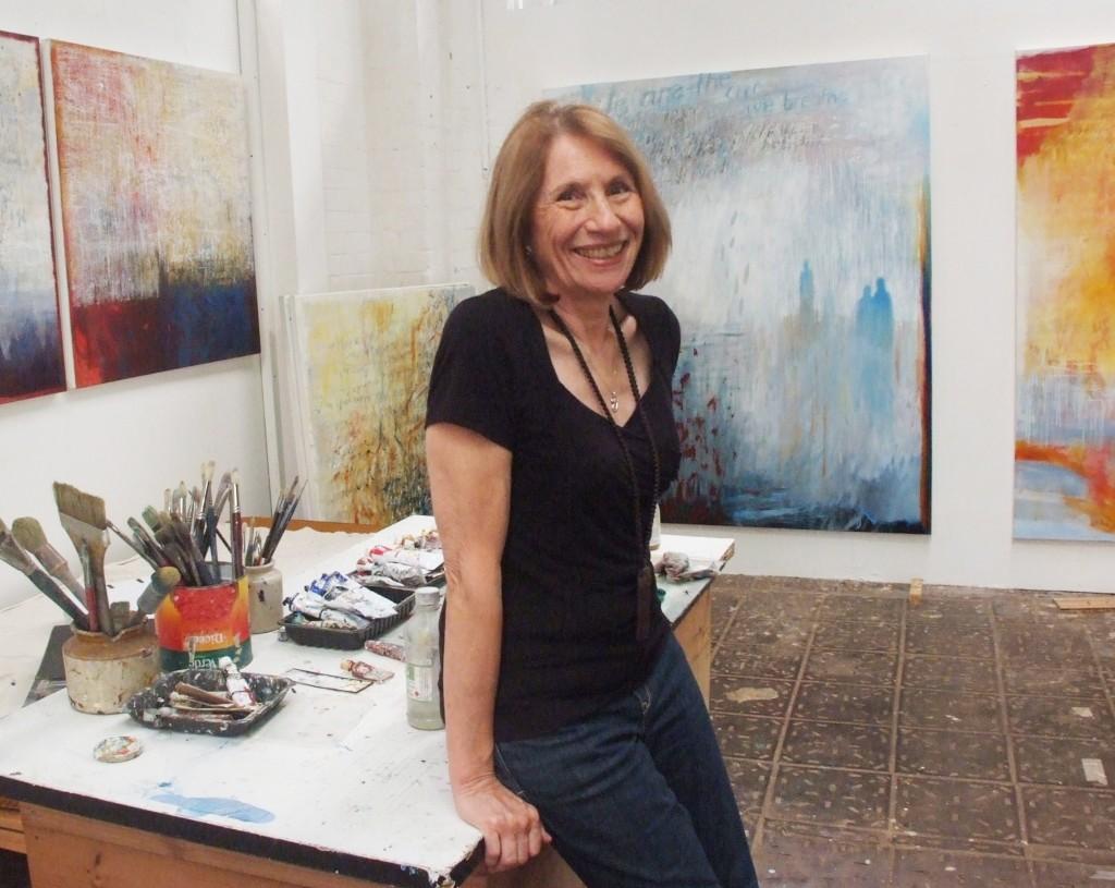 ursula-kolbe-in-her-studio01